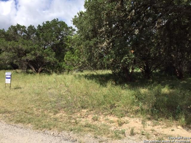 LOT 49 Deerwood Cir, Bandera, TX 78003 (#1398836) :: The Perry Henderson Group at Berkshire Hathaway Texas Realty