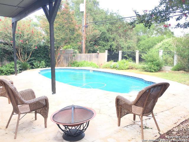 2754 Montebello, San Antonio, TX 78259 (MLS #1398858) :: The Gradiz Group