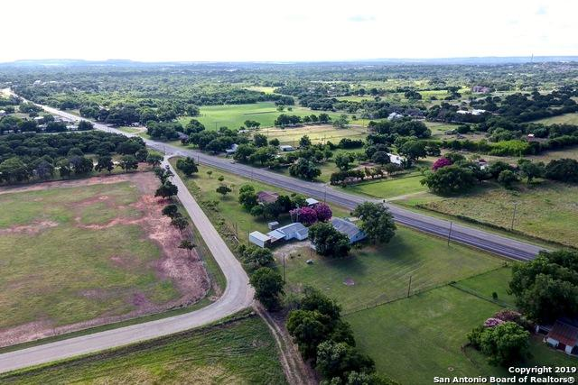 1892 W Us Highway 290, Fredericksburg, TX 78624 (MLS #1398926) :: Glover Homes & Land Group