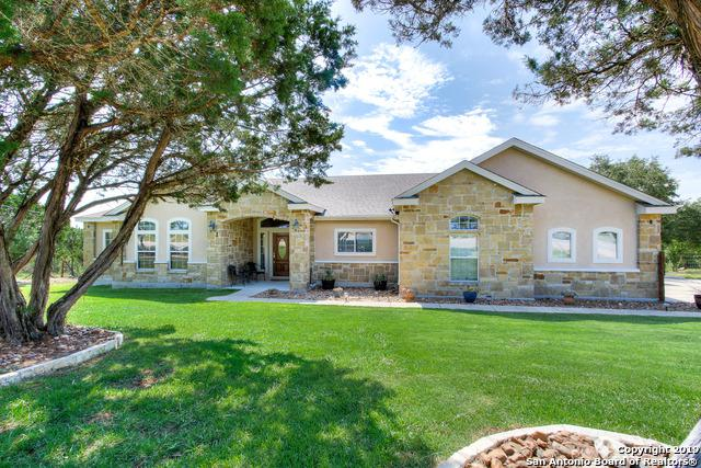 20310 County Road 174, Helotes, TX 78023 (MLS #1399007) :: Carolina Garcia Real Estate Group