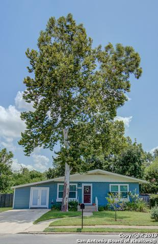 517 N Olive St, Seguin, TX 78155 (MLS #1399015) :: The Mullen Group | RE/MAX Access