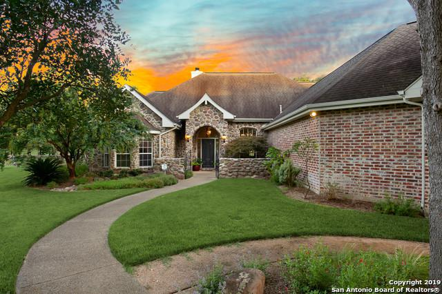 30661 Royal Valance, Fair Oaks Ranch, TX 78015 (MLS #1399061) :: NewHomePrograms.com LLC