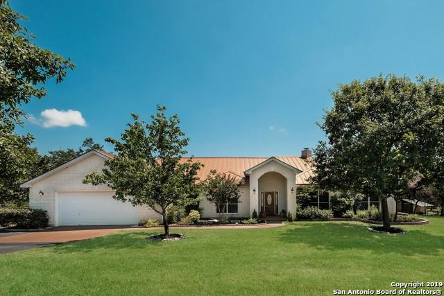 315 Red Oak Dr, Boerne, TX 78006 (MLS #1399074) :: Berkshire Hathaway HomeServices Don Johnson, REALTORS®