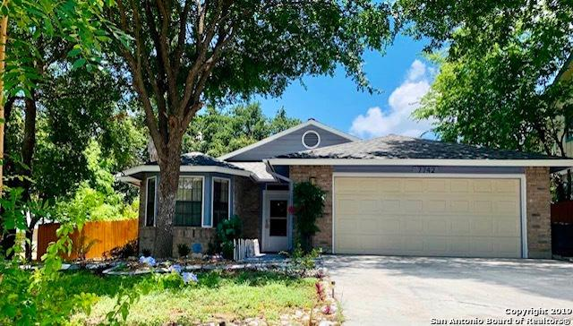 7742 Bay Berry, San Antonio, TX 78240 (MLS #1399172) :: BHGRE HomeCity