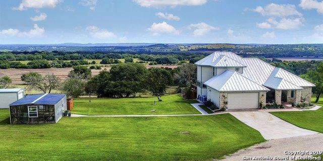 765 Brewer Rd, Fredericksburg, TX 78624 (MLS #1399183) :: Glover Homes & Land Group