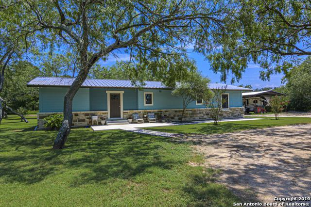 171 Cottonwood Ln, Seguin, TX 78155 (MLS #1399192) :: The Mullen Group | RE/MAX Access