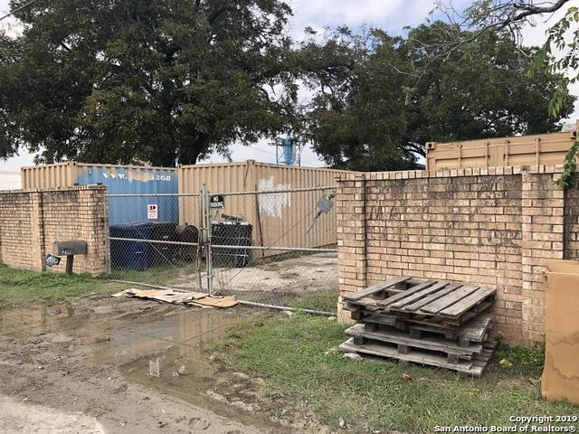 219 Seale Rd, San Antonio, TX 78219 (MLS #1399469) :: The Mullen Group | RE/MAX Access
