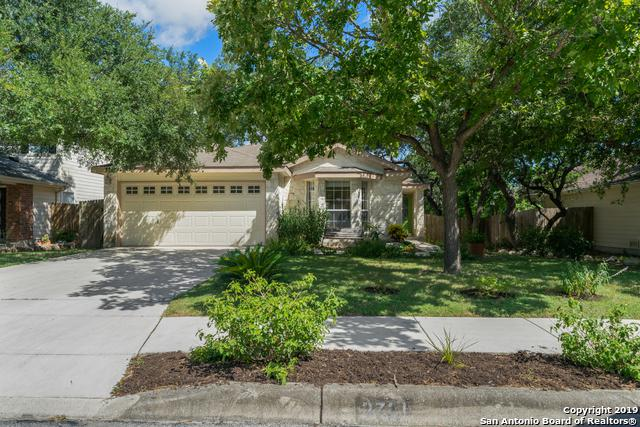 3721 Limestone Mesa, Schertz, TX 78154 (MLS #1399503) :: Reyes Signature Properties