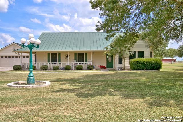 125 Victorian Circle, Marion, TX 78124 (MLS #1399629) :: Glover Homes & Land Group