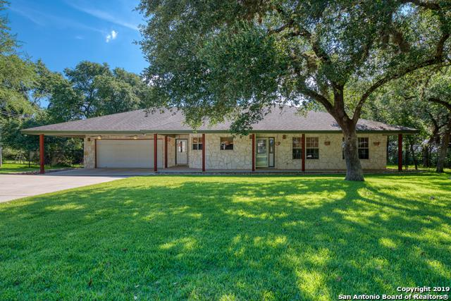 2677 Candlelight Dr, Canyon Lake, TX 78133 (MLS #1399688) :: The Castillo Group