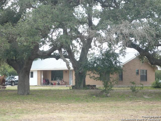570 Fm 1358, Three Rivers, TX 78071 (MLS #1399724) :: Erin Caraway Group