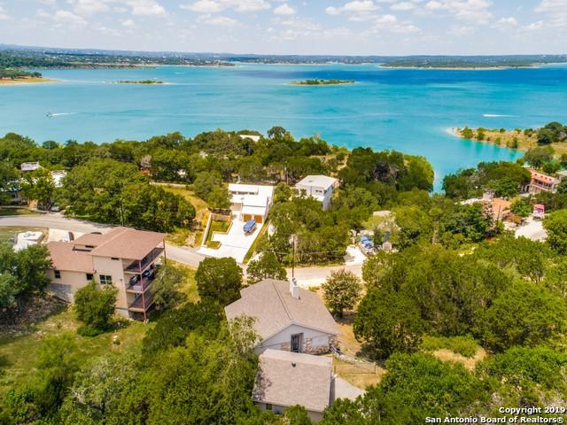 526 Cindy Dr, Canyon Lake, TX 78133 (MLS #1399775) :: The Gradiz Group