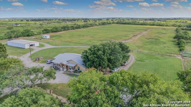 3211 Fm 1346, La Vernia, TX 78121 (MLS #1399781) :: Alexis Weigand Real Estate Group