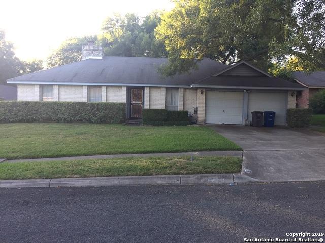 6323 Ridge Tree Dr, San Antonio, TX 78233 (MLS #1399792) :: Berkshire Hathaway HomeServices Don Johnson, REALTORS®