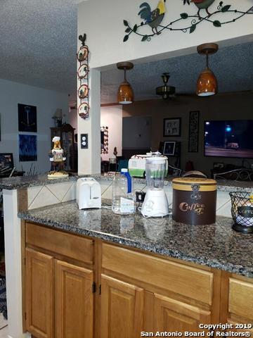 7438 Coers Blvd, Converse, TX 78109 (MLS #1399793) :: Carter Fine Homes - Keller Williams Heritage