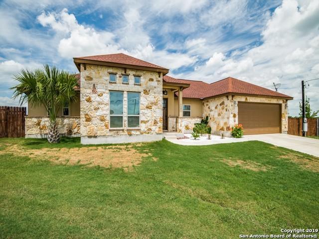 117 Park Meadows, Poth, TX 78147 (MLS #1399815) :: The Gradiz Group