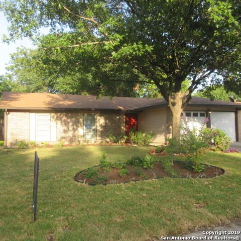 2806 Fred Haise Dr, Kirby, TX 78219 (MLS #1399850) :: BHGRE HomeCity