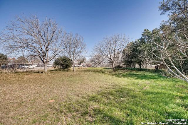 LOT 16 Atkins Avenue, Devine, TX 78016 (MLS #1399956) :: ForSaleSanAntonioHomes.com