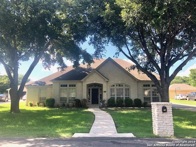 115 Nogal, Seguin, TX 78155 (MLS #1399974) :: Neal & Neal Team