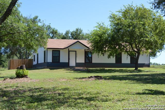 1316 County Road 664, Devine, TX 78016 (MLS #1399988) :: ForSaleSanAntonioHomes.com
