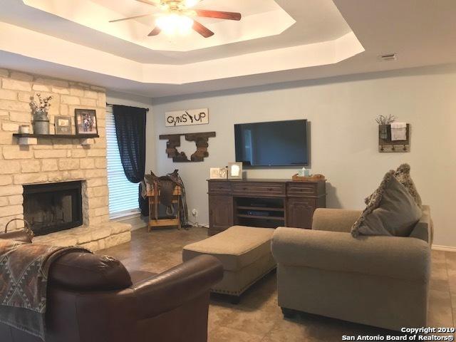 13 Round Bluff Circle, Wimberley, TX 78676 (MLS #1400008) :: Magnolia Realty