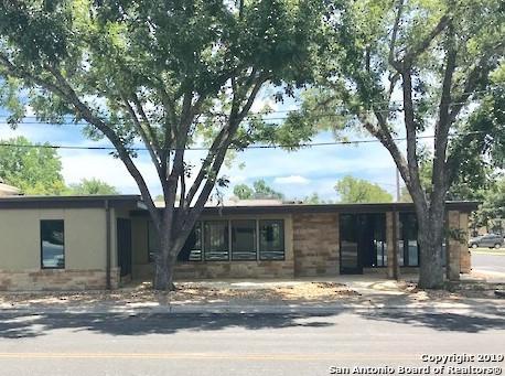 301 E San Antonio Ave, Boerne, TX 78006 (MLS #1400082) :: NewHomePrograms.com LLC