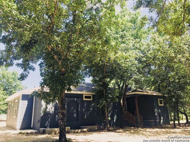 24306 Hickory Pass, San Antonio, TX 78264 (MLS #1400116) :: Alexis Weigand Real Estate Group