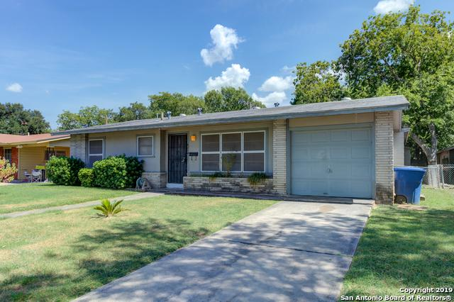 4214 Kilrea Dr, San Antonio, TX 78219 (MLS #1400163) :: ForSaleSanAntonioHomes.com