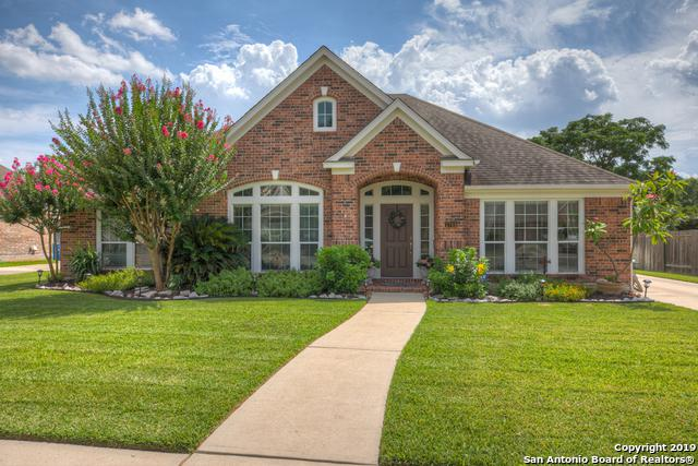 1745 Oak Forest Dr, New Braunfels, TX 78132 (MLS #1400210) :: Exquisite Properties, LLC