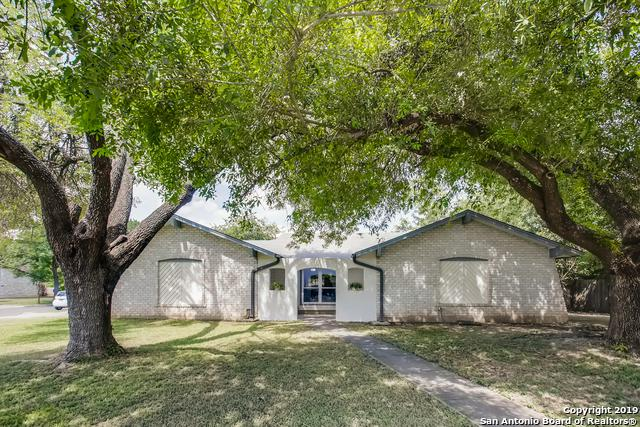 6323 Stirrup Ln, San Antonio, TX 78240 (MLS #1400277) :: River City Group