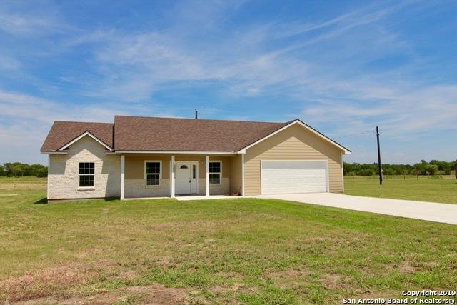 1123 County Road 6712, Natalia, TX 78059 (MLS #1400446) :: Exquisite Properties, LLC
