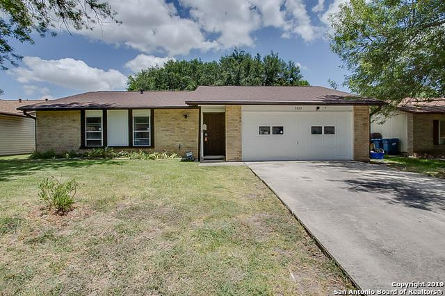2822 Fred Haise Dr, Kirby, TX 78219 (MLS #1400487) :: BHGRE HomeCity
