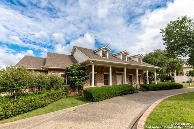 404 Highridge Dr, Kerrville, TX 78028 (MLS #1400506) :: Alexis Weigand Real Estate Group