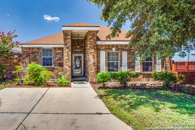 4815 Highland Farm, San Antonio, TX 78244 (MLS #1400597) :: The Gradiz Group
