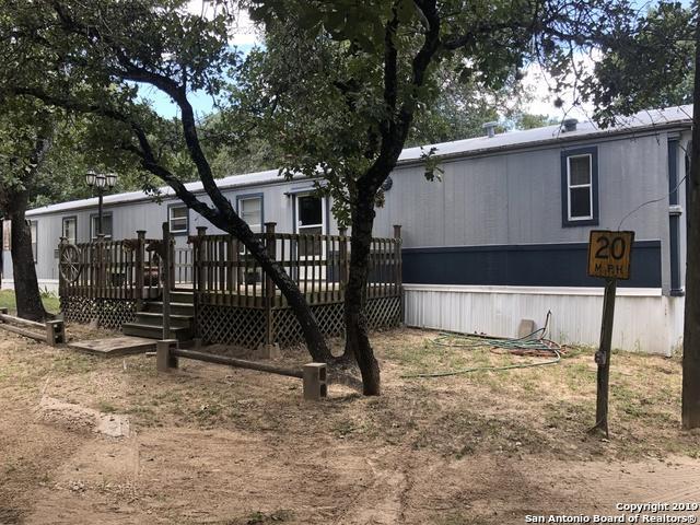 960 Big Leaf Rd, San Antonio, TX 78264 (MLS #1400605) :: Alexis Weigand Real Estate Group