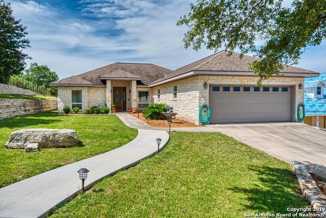 107 Castle Pines, Kerrville, TX 78028 (MLS #1400813) :: BHGRE HomeCity