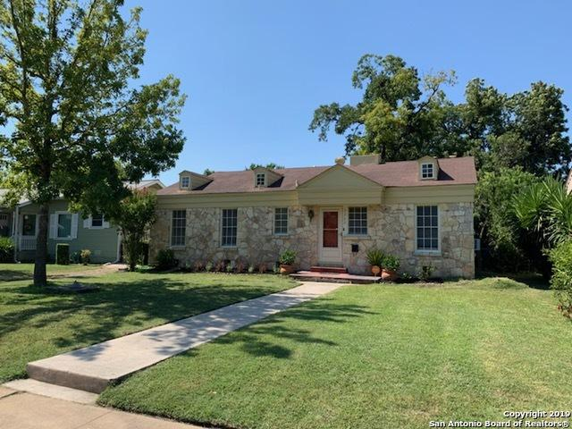 2260 W Mistletoe Ave, San Antonio, TX 78201 (MLS #1400884) :: Alexis Weigand Real Estate Group