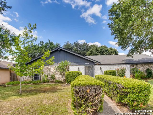 5202 La Posita St, San Antonio, TX 78233 (MLS #1401239) :: Carolina Garcia Real Estate Group