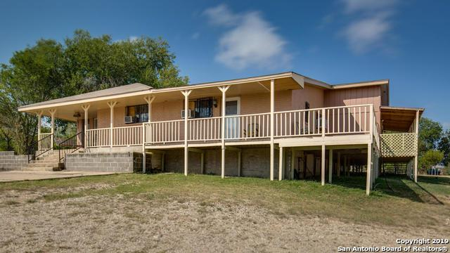 9445 Old Pearsall Rd., Atascosa, TX 78002 (MLS #1401405) :: Legend Realty Group
