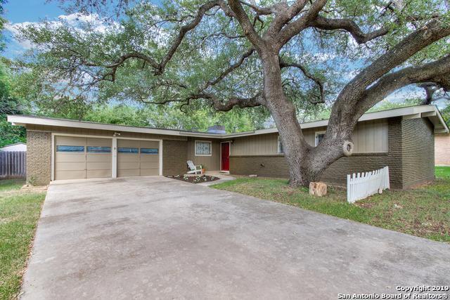 8810 Woodbury St, San Antonio, TX 78217 (MLS #1401777) :: Vivid Realty