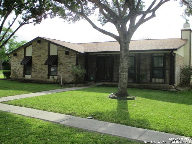 13818 Woodbreeze St, San Antonio, TX 78217 (MLS #1401831) :: Berkshire Hathaway HomeServices Don Johnson, REALTORS®