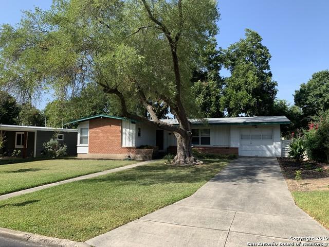 306 Eastley Dr, San Antonio, TX 78217 (MLS #1401980) :: BHGRE HomeCity