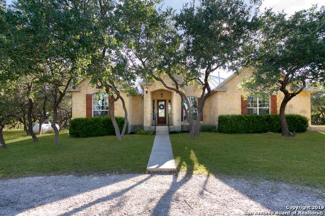 1214 Rodalyn Dr, Boerne, TX 78006 (MLS #1402056) :: The Mullen Group | RE/MAX Access