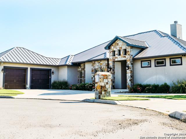 105 Alexandria, La Vernia, TX 78121 (MLS #1402157) :: Alexis Weigand Real Estate Group