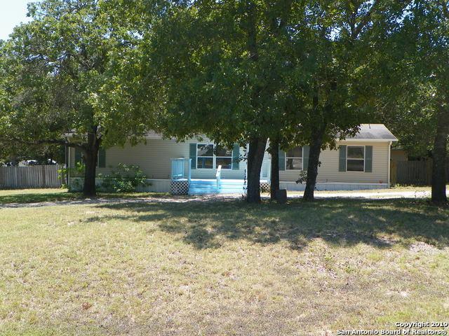 23027 Shady Forest Dr, Elmendorf, TX 78112 (MLS #1402256) :: Exquisite Properties, LLC