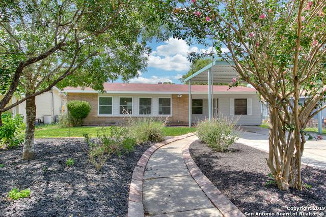 526 Schmeltzer Ln, San Antonio, TX 78213 (#1402417) :: The Perry Henderson Group at Berkshire Hathaway Texas Realty
