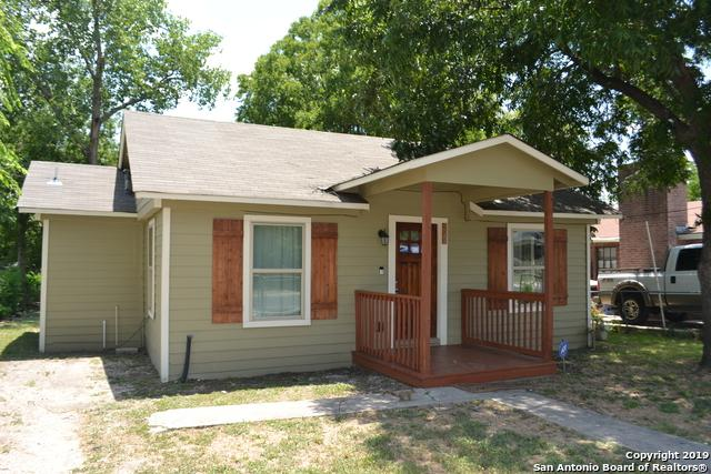 222 Paramount Ave, San Antonio, TX 78228 (#1402795) :: The Perry Henderson Group at Berkshire Hathaway Texas Realty