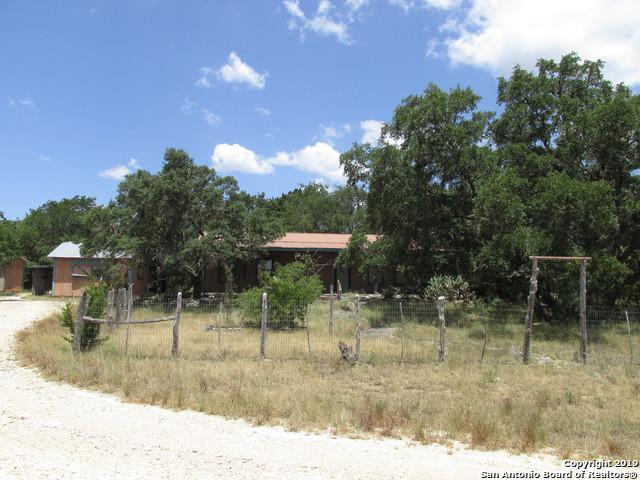 1063 N Little Creek Rd, Utopia, TX 78884 (MLS #1402837) :: BHGRE HomeCity