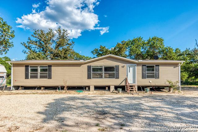 145 E Robin Lynn Dr, Somerset, TX 78069 (MLS #1402859) :: Glover Homes & Land Group