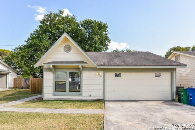 5914 Glacier Sun Dr, San Antonio, TX 78244 (MLS #1403380) :: Exquisite Properties, LLC